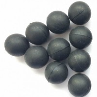 Rubber balls for traumatic weapons